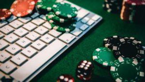 Почему онлайн покер набирает популярность